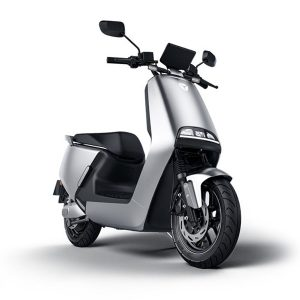 electric scooter YADEA G5 and G5 PRO
